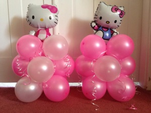 Hello Kitty table decorations